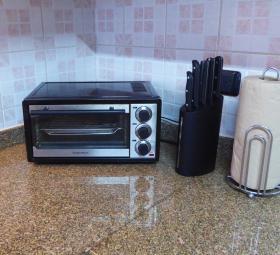 Kitchen - toaster oven