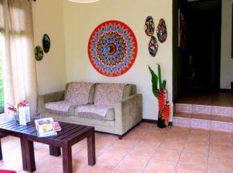 Katydid livingroom
