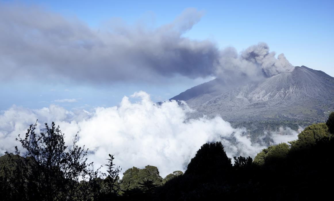 CostaRica_ActiveVolcano_155