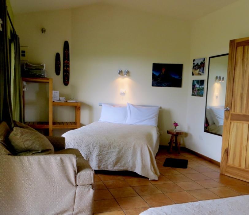 Volcano Studio bedroom (2 queen beds)